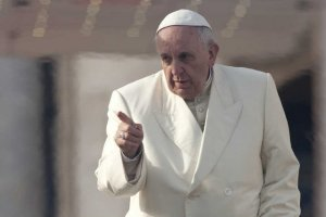 Papież Franciszek znowu przypomniał katolikom, że pomoc uchodźcom jest ich religijnym obowiązkiem.