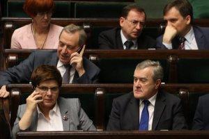 Wicepremier, Piotr Gliński równy Pani Premier? Przynajmniej w PiS-e. Wkrótce zbiera się rada polityczna partii i już trwają spekulacje o personalnych roszadach.