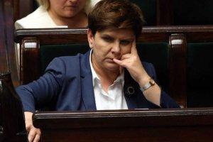 Według większości Polaków rządzący nie zasłużyli na podwyżki.