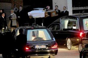W grobie Piotra Nurowskiego, byłego szefa PKOl było ciało innej ofiary katastrofy smoleńskiej.