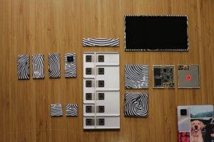 Project Ara to przedsięwzięcie mające na celu zaprojektowanie i wypuszczenie na rynek komercyjny modułowego smartfonu