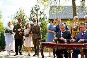 Z inscenizacji na temat rotmistrza Pileckiego wydają się zadowoleni wszyscy oprócz jego rodziny.