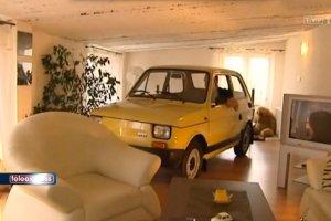 Pani Mirosław wstawił do mieszkania Małego Fiata.