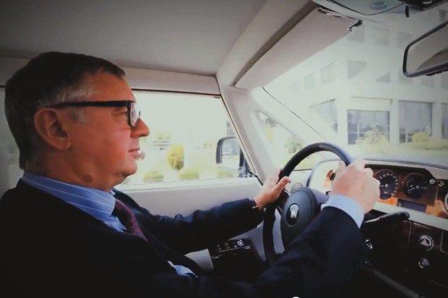 40 proc. czasu Janusz Filipiak spędza w podróżach biznesowych