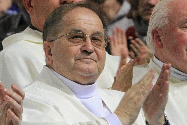 PiS chce przeznaczyć dotację na szkołę ojca Rydzyka