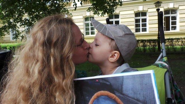 Anna Kalbarczyk-Pażanowska z synem Przemkiem