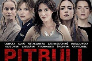 """Plakat obrazu """"Pitbull. Niebezpieczne kobiety"""" debiutuje w sieci."""