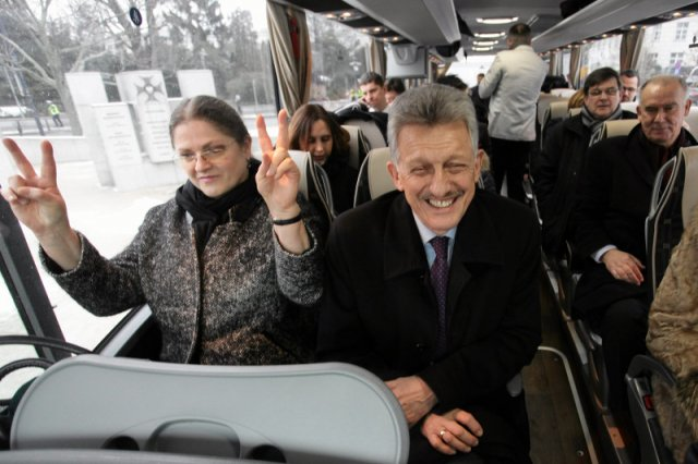 Polacy nie boją się PiS-u. Partia Kaczyńskiego prowadzi w sondażach, a opozycja jest daleko w tyle