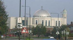 Największy meczet w zachodniej Europie należący do ruchu ahmadija