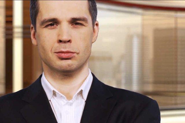 Michał Rachoń, prowadzący poranne i wieczorne pasma w Telewizji Republika.