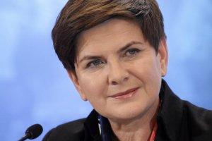 Rząd negatywnie ocenia 49 proc Polaków, pozytywną ocenę wystawiło 36 proc. sondowanych.