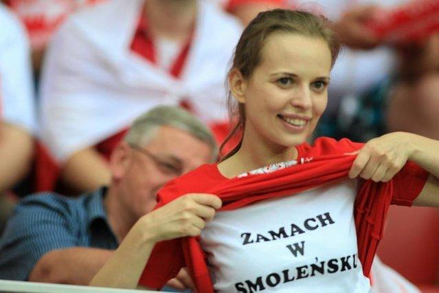 Prawica od dawna próbuje przekonać Polaków do uwierzenia w zamach w Smoleńsku. Stało się to już nawet elementem popkultury...