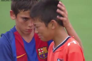 Filmik po meczu Japończyków i Hiszpanów podbija internet.