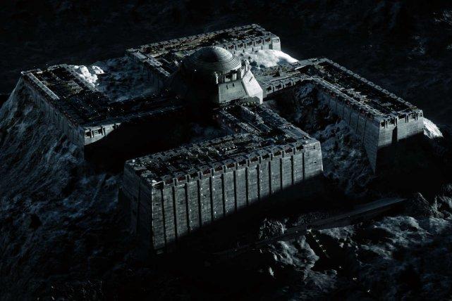 """Nazistowska baza na księżycu w """"Iron Sky"""""""