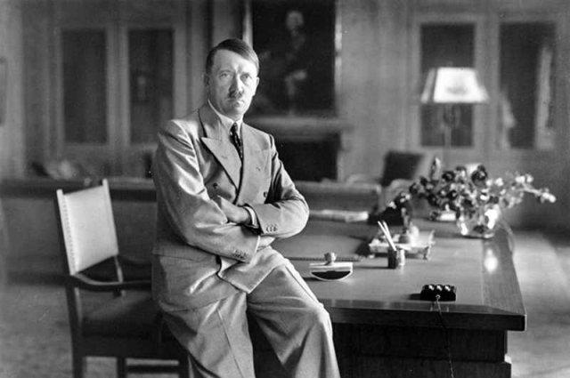 Adolf Hitler według niektórych jest nadal honorowym obywatelem Szczecina.