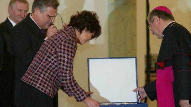 Abp Głódź z prezydentem Kwaśniewskim i jego małżonką