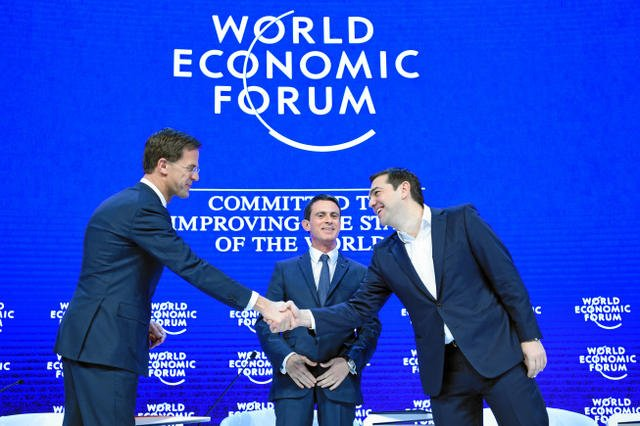 Od lewej do prawej: holenderski premier Mark Rutte, szef rządu Francji Mabuel Vall i Alexis Tsipras