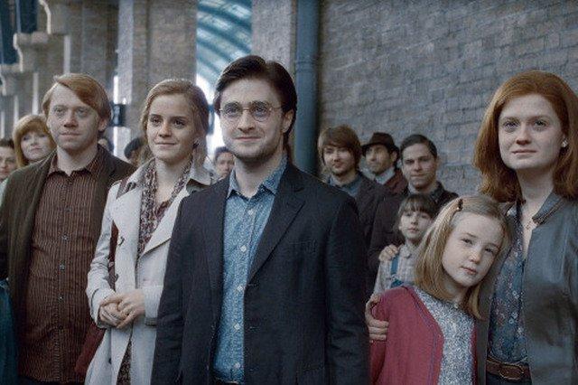 Daniel Radcliffe znów Harrym Potterem? Producenci filmu o młodym czarodzieju szykują podobno trzy nowe filmy.