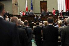 Wkrótce Sejm zajmie się projektem ustawy znoszącej finansowanie partii z budżetu. W zamian ugrupowania będą mogły zarabiać prowadząc działalność gospodarczą.