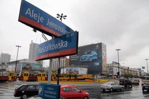 Polscy kierowcy nie wjadą za darmo do centrum miasta? Pod uwagę biorą to Warszawa, Sopot i Kraków.