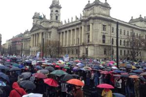 Nauczyciele i uczniowie protestują przeciwko zmianom w węgierskiej oświacie