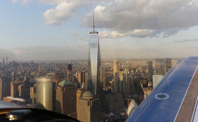 Dolny Manhattan z One WTC (541 m wysokości z iglicą, czyli dwa PKiN-y).