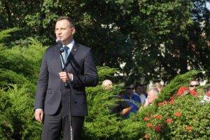 Czy prezydent wybiera spotkania, na których można uniknąć trudne pytania o Polskę?