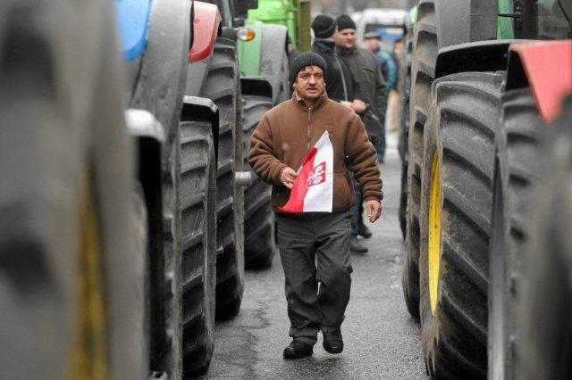 Komisja Europejska wydała rekomendacje dla polskiego rządu. Mamy znieść przywileje emerytalne górników i rolników, czyli zlikwidować KRUS