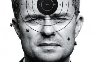 """Tygodnik """"Newsweek"""" przedstawia kulisy odwołania Jackiewicza i kontaktów Hofmana z PiS."""