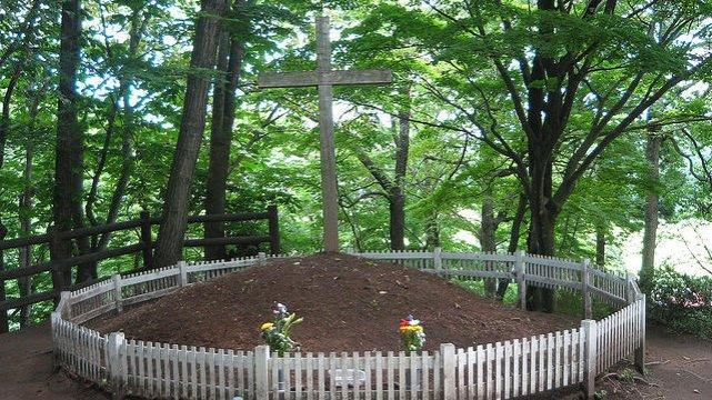 Tak wygląda skromny grób Jezusa w Japonii
