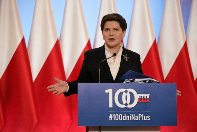 Beata Szydło wygłasza przemówienie po stu dniach rządów