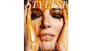 """Nigella Lawson na okładce magazynu """"Stylist"""""""