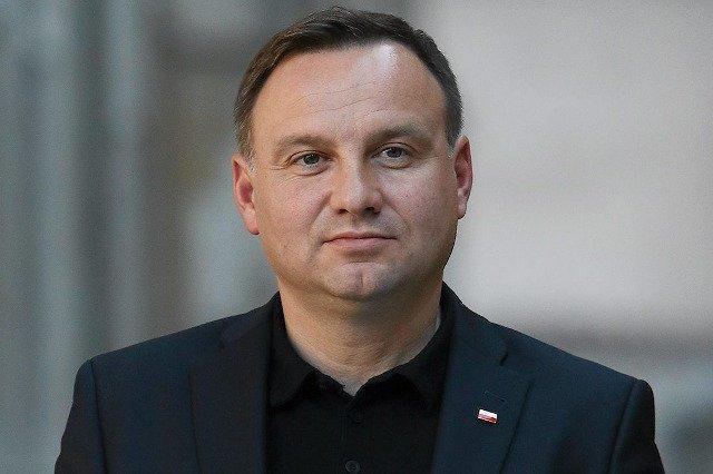 Hejt narastający wokół incydentu z udziałem prezydenta Andrzeja Dudy na A4 będzie początkiem końca wojny polsko-polskiej?