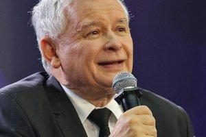 Jarosław Kaczyński wygłosił bardzo żywiołową przemowę na tzw. miesięcznicy smoleńskiej, którą zorganizowano pod Pałacem Prezydenckim w Warszawie.