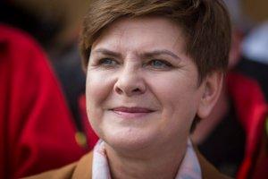 """Beata Szydło stanęła w obronie dziennikarzy """"Gazety Wyborczej"""" i TVN24"""