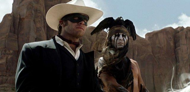 Tytułowy Jeździec (Armie Hammer) i Tonto (Johnny Depp).