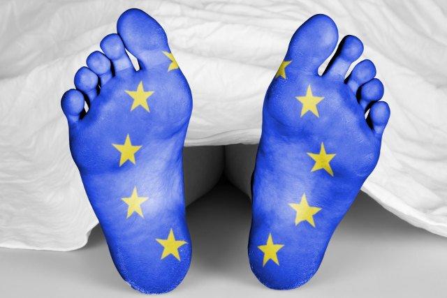 [url=http://shutr.bz/1tNP1Zj]Unia Europejska zmienia się w Unię Zbankrutowanych Emerytów?[/url]