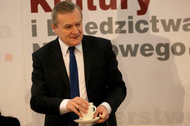 """Minister Gliński: """"Proszę mi wytłumaczyć, na jakiej podstawie piszecie o cenzurze?""""."""