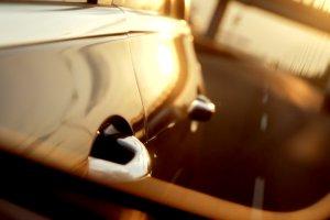 Wsiądź w samochód i jedź do Pragi. Szybki strzał za kierownicą nowego Mercedesa klasy E