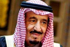 Król Arabii Saudyjskiej w sumie przekaże poddanym 32 mld dolarów.