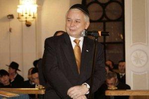 Lech Kaczyński mocno dbało pojednanie polsko-żydowskie. Na zdjęciu podczas uroczystości odpalenia świec chanukowych w 2008 roku.