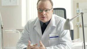 Dr Jacek Caba raczej już nie wystąpi w reklamie lizaków na gardło