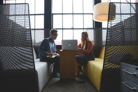 Własny start-up rozwiniesz bez zakładania firmy. Korzyści są oczywiste