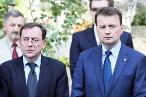 Koordynator ds. służb specjalnych Mariusz Kamiński i szef MSW Mariusz Błaszczak przygotowują ustawę antyterrorystyczną. Czy ograniczą nią prawo do protestów?