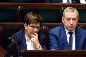 Beata Szydło próbuje zrzucićwinę na PO.