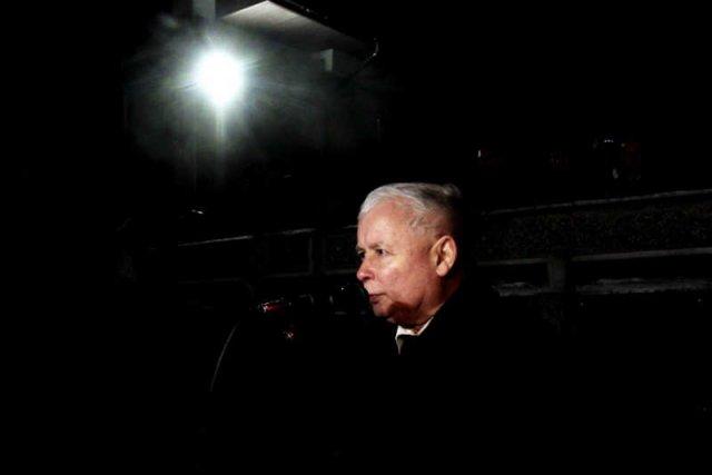 To Jarosław Kaczyński i PiS najbardziej pomagająMoskwie i Putinowi.