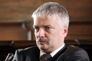 Prof. Robert Gwiazdowski uważa, że w przyszłości granice wieku emerytalnego będą dalej podnoszone