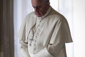 Papież precyzuje zasady usuwania biskupów, którzy nie reagują w przypadkach pedofilii.