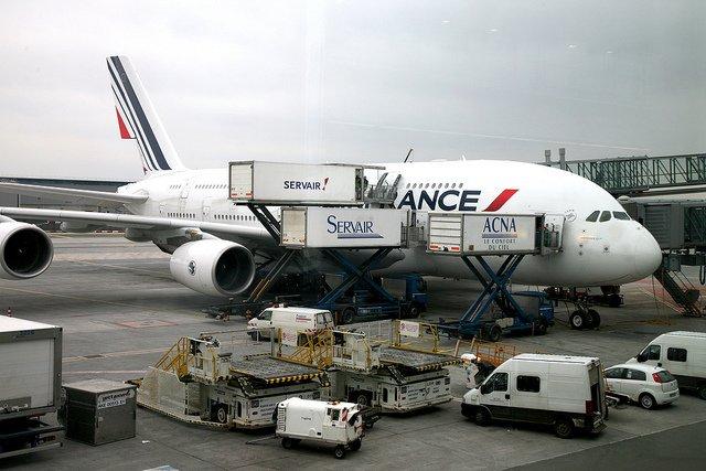 Samolot na lotnisku Roissy.