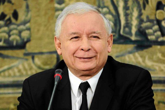 Takimi decyzjami ekipa Jarosława Kaczyńskiego sprawia wrażenie, że kpi ze społeczeństwa...